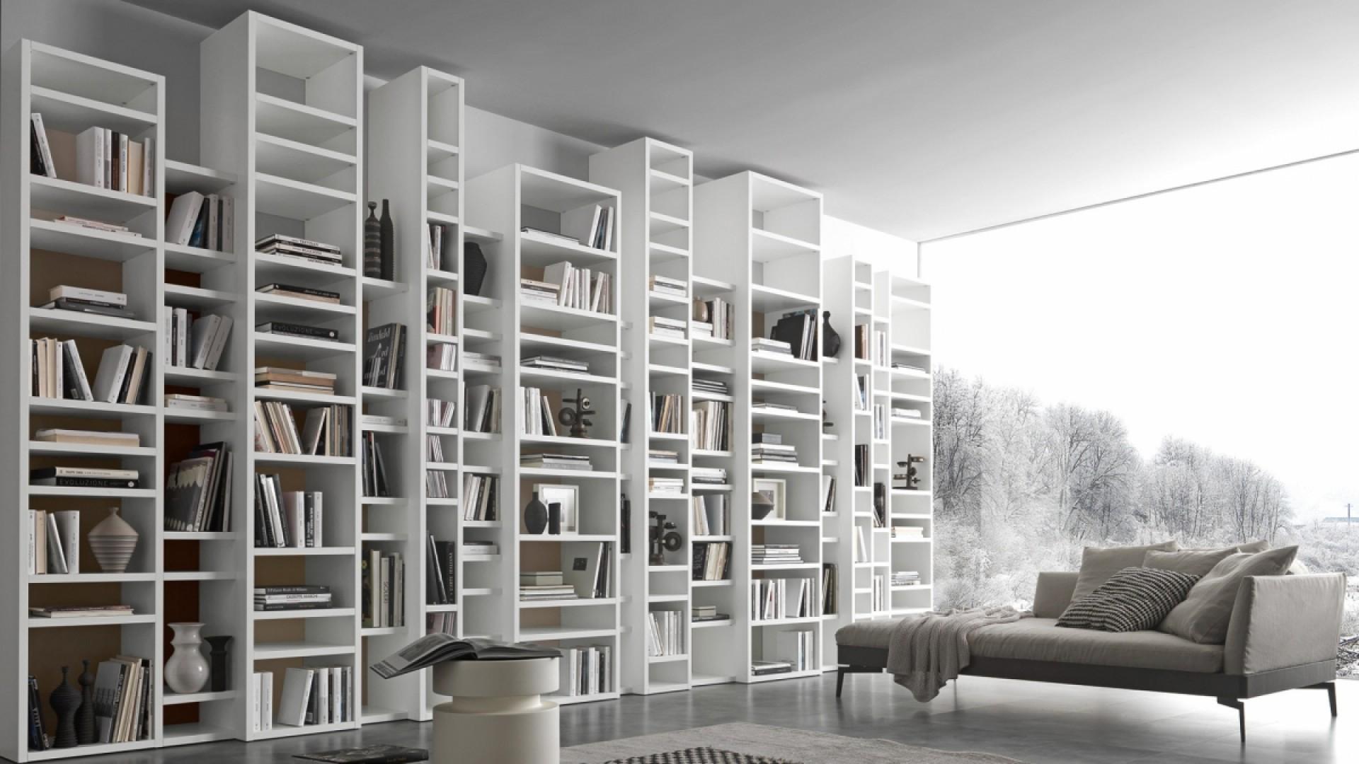 libreria-pari-dispari-composizione-3408D72A94F-5E28-3A97-8BAD-36C726FB21A1