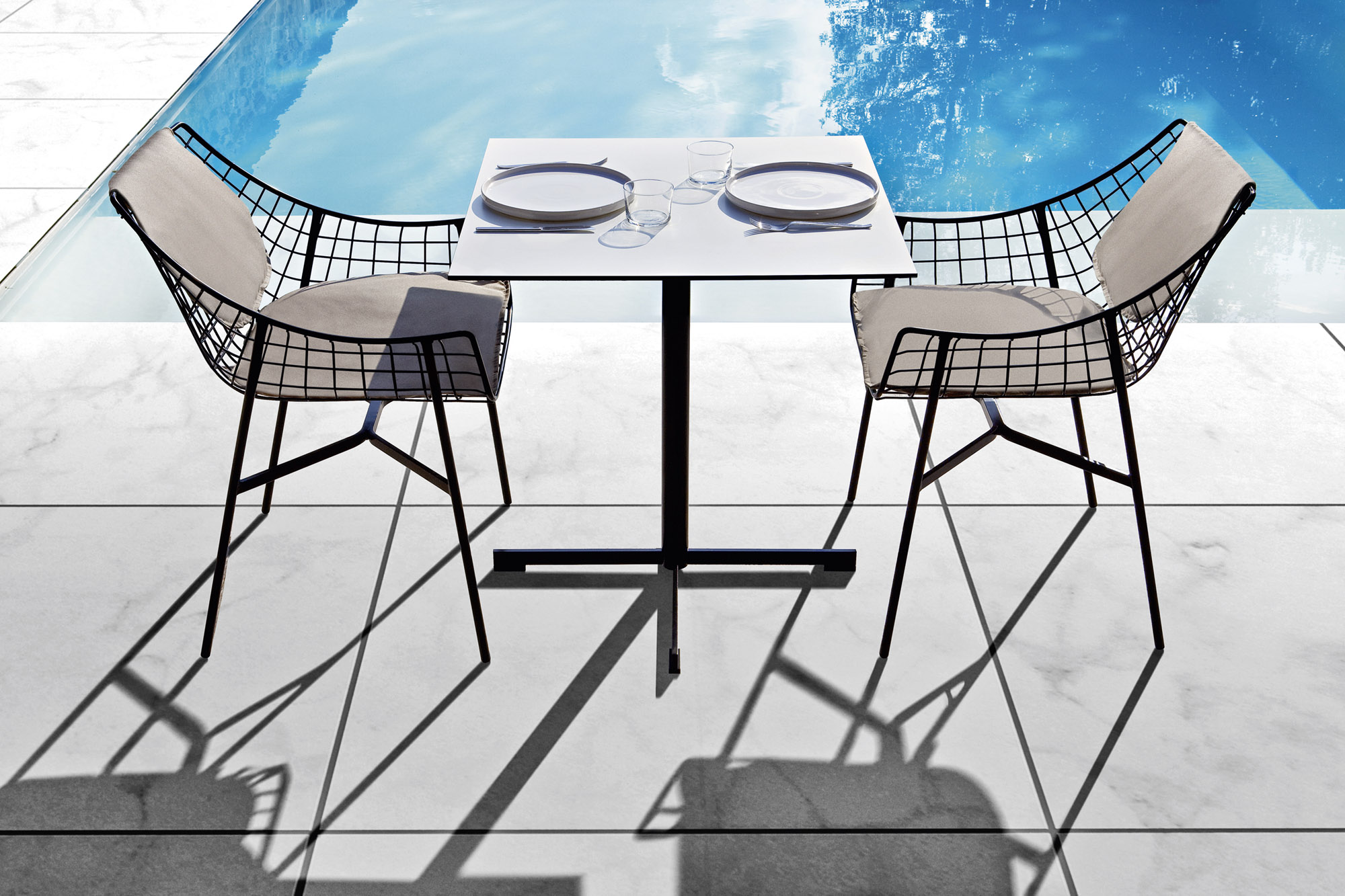 outdoor-varaschin-esterno10C690936A-0B6D-C225-3B9A-493BD42BB202
